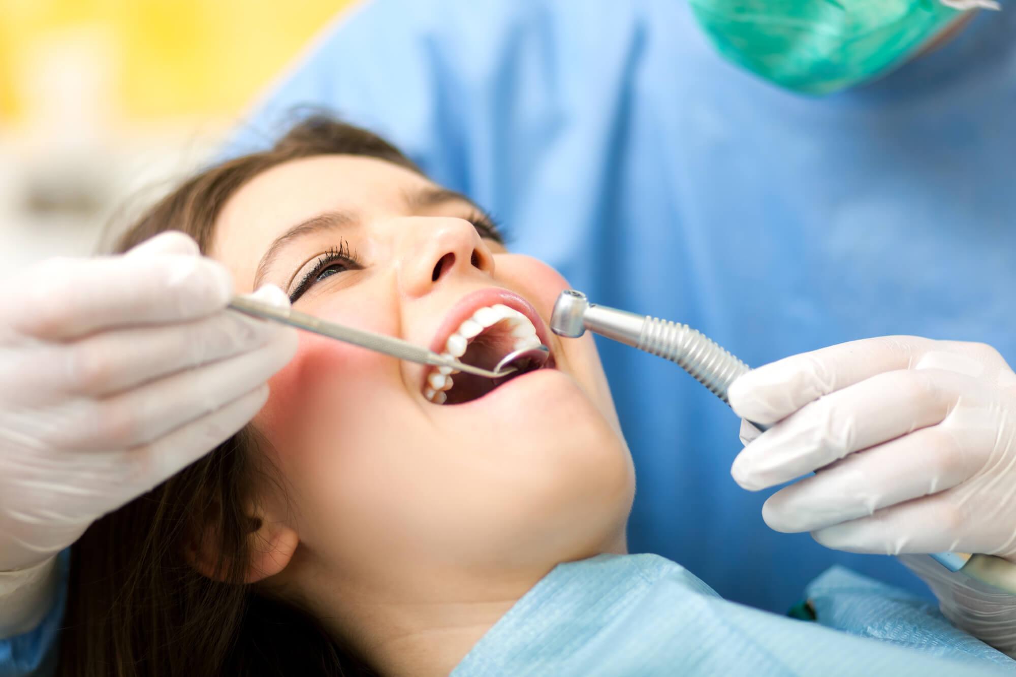 who offers dental implants orlando?