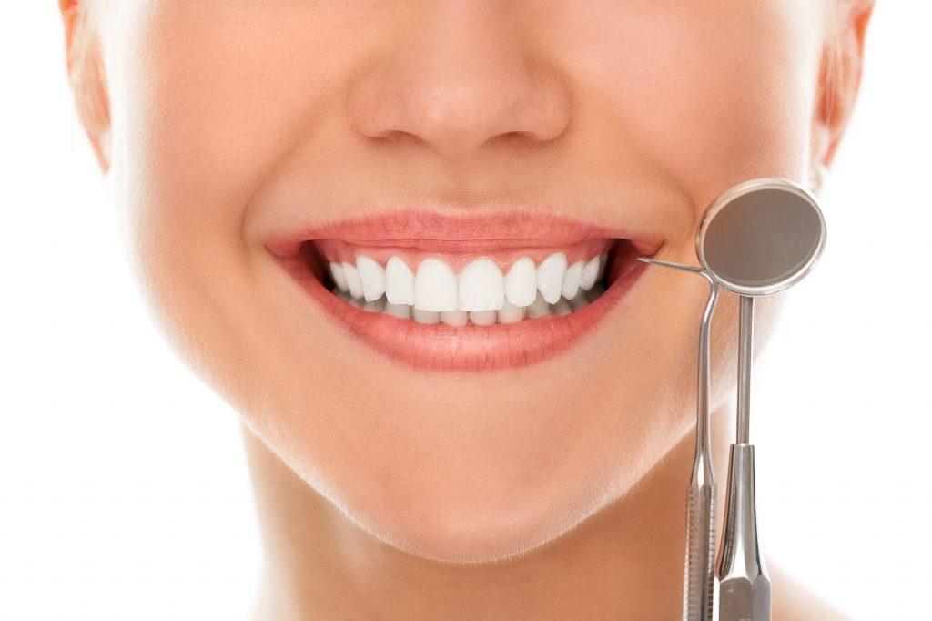 who offers teeth whitening orlando?